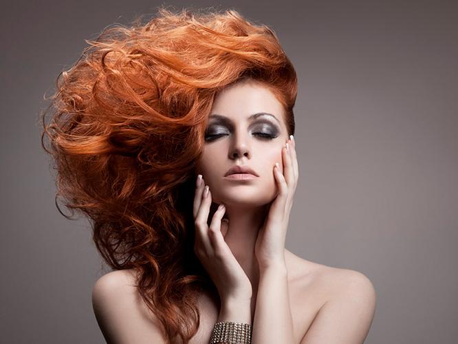 Solución al cabello sin  volumen