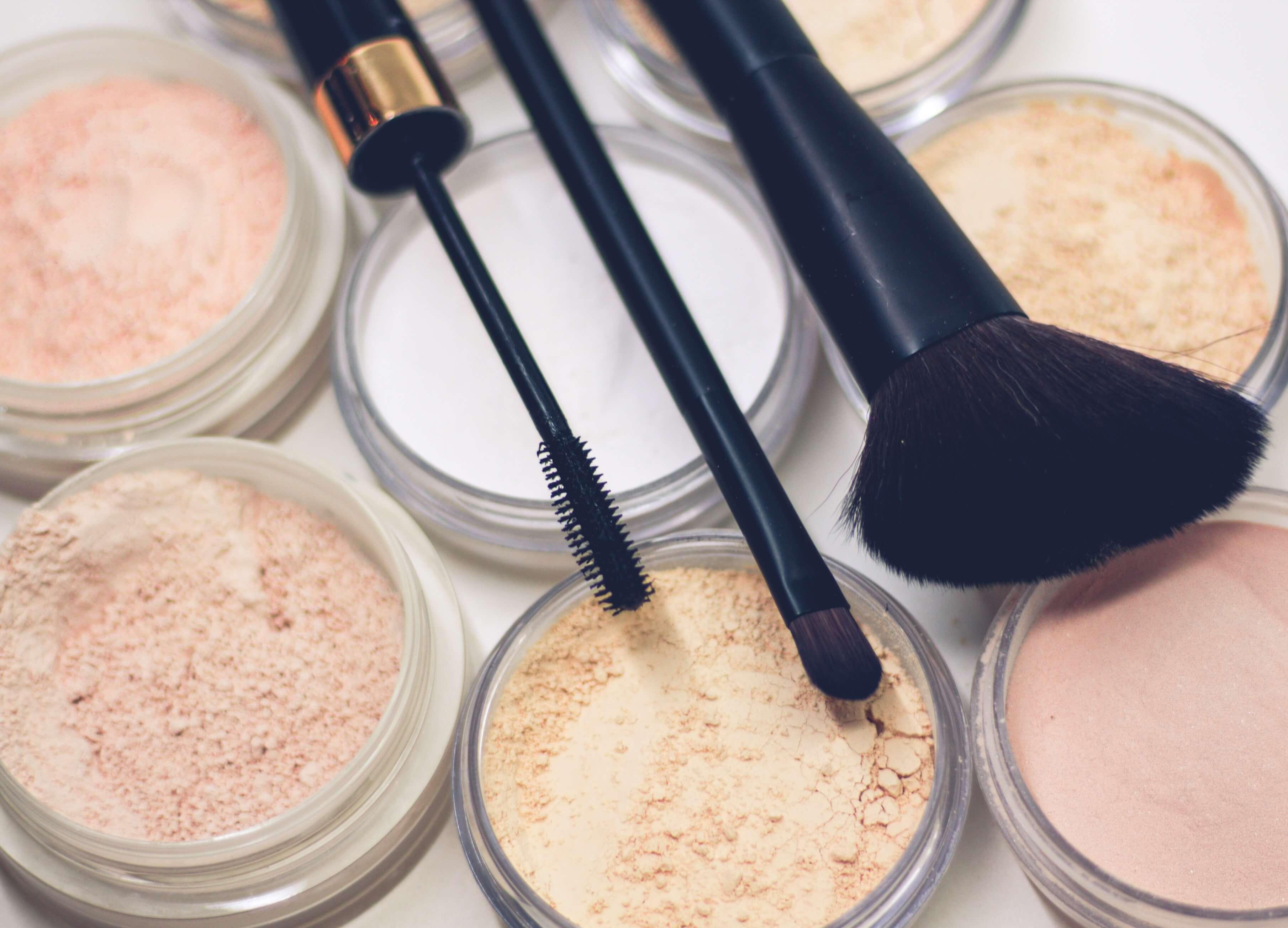Danien-Maquillaje-Natural-unsplash